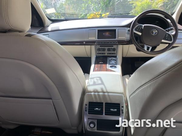 Jaguar XF 2,2L 2015-11