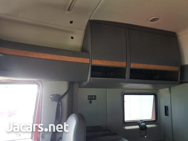 2011 International Prostar Truck-7