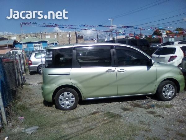 Toyota Sienta 1,4L 2007-3