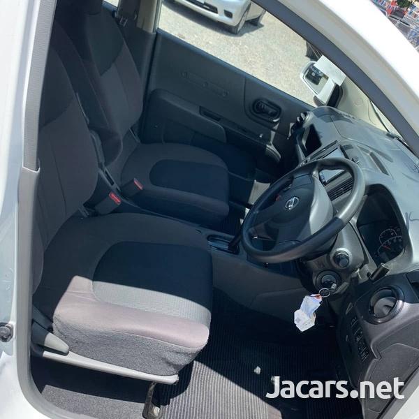 Nissan AD Wagon 1,7L 2016-9