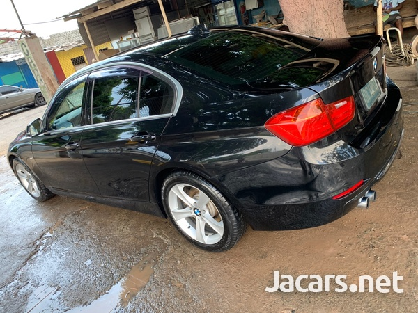 BMW 3-Series 2,0L 2012-7