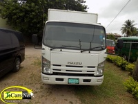 Isuzu Box Body Truck 2014