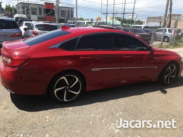 Honda Accord 1,8L 2019-4