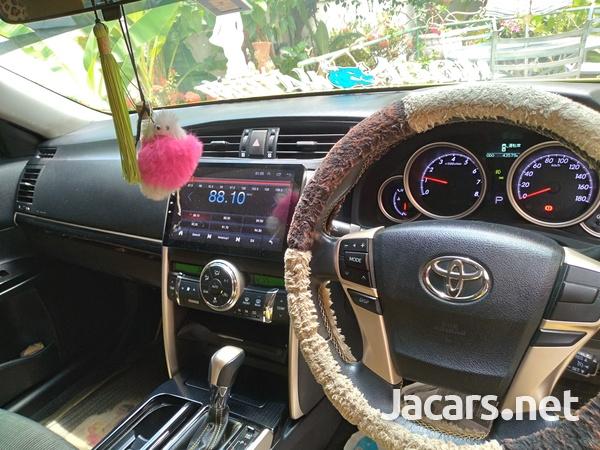 Toyota Mark X 3,5L 2015-5