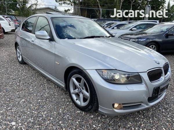 BMW 3-Series 2,5L 2011-8