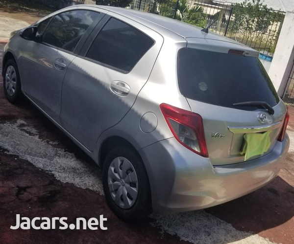 Toyota Vitz 1,3L 2012-14