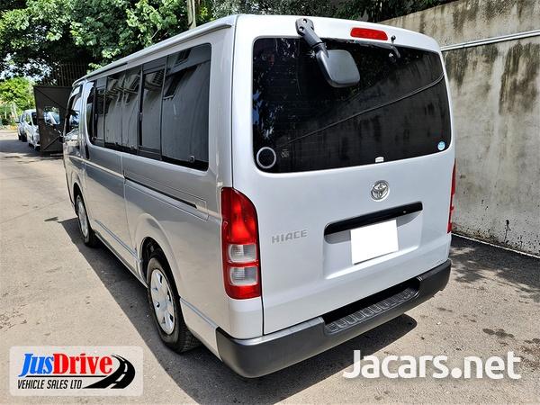 Toyota Hiace 2,0L 2014-4