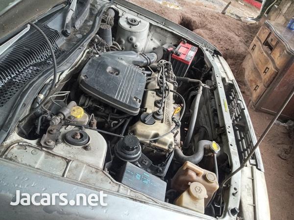 Nissan Sunny 1,6L 1992-3