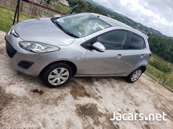 Mazda Demio 1,3L 2012-4