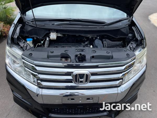 Honda Stepwgn Spada 2,0L 2013-13