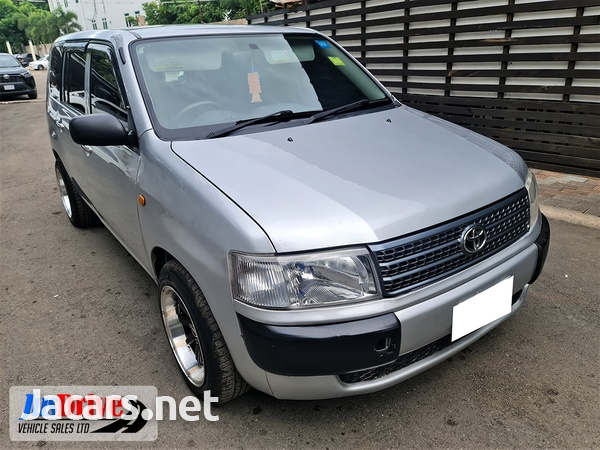 Toyota Probox 1,2L 2013-3
