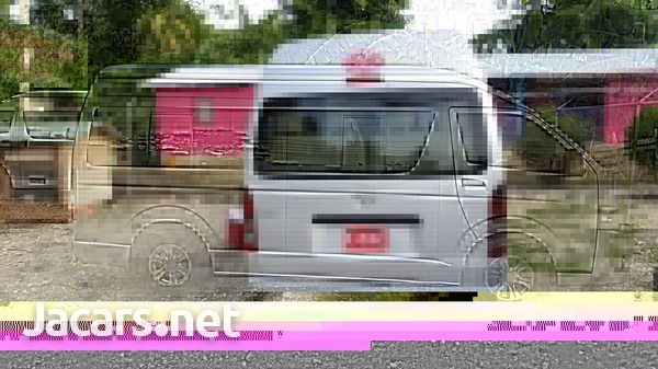 2011 Toyota Hiace Commuter Bus-6
