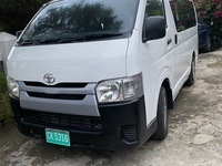 2015 Toyota Hiace mini bus