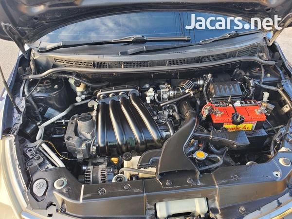 Nissan Tiida 1,4L 2010-1