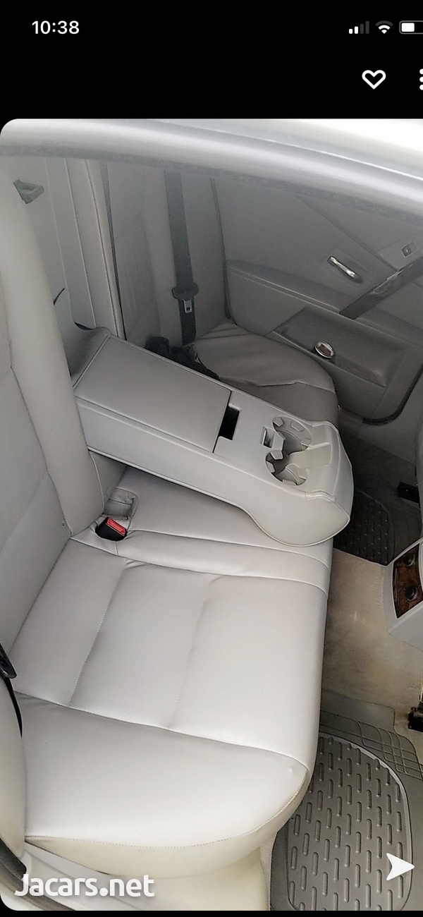 BMW 5-Series 3,0L 2006-5
