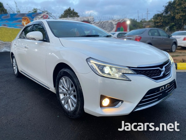 Toyota Mark X 2,5L 2014-2