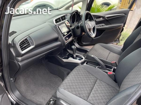 Honda Fit 1,3L 2015-10
