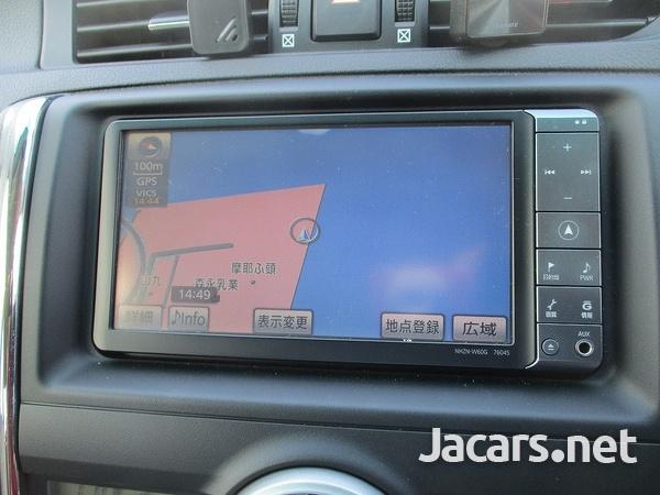 Toyota Mark X 1,6L 2010-5