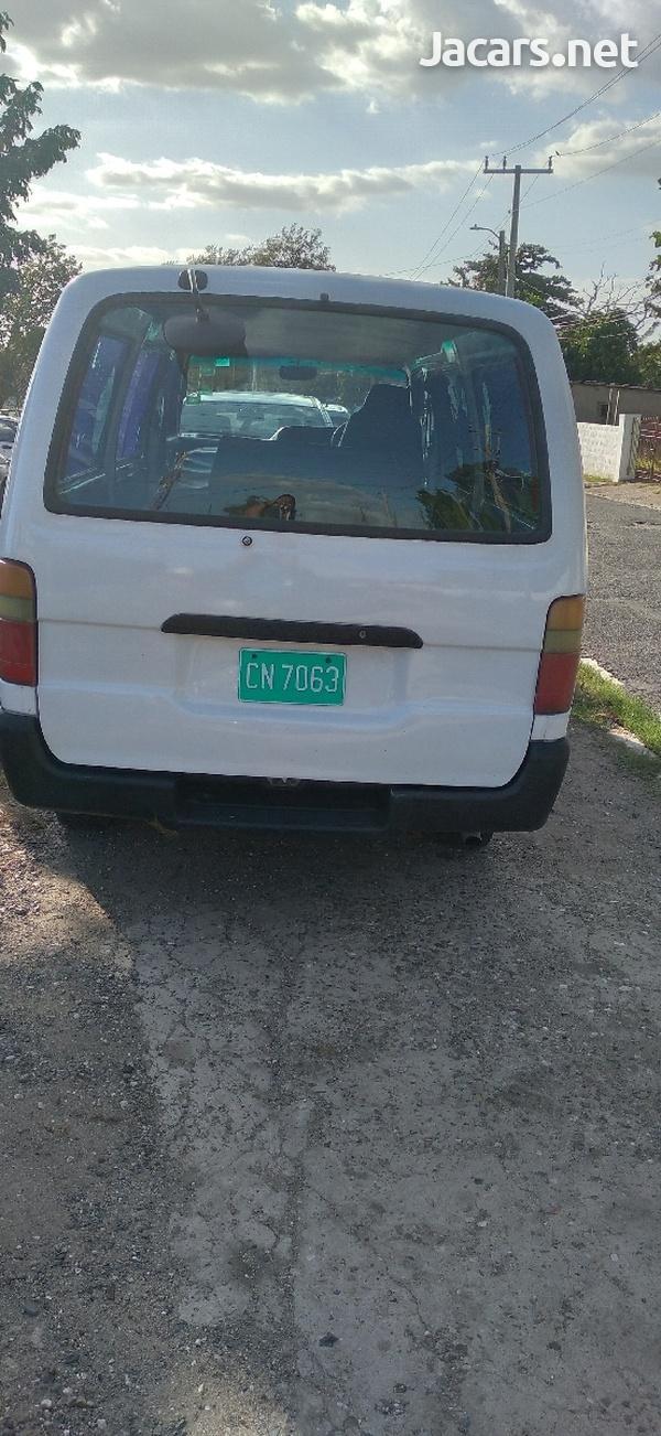 Toyota Hiace Bus 2,0L 1998-4