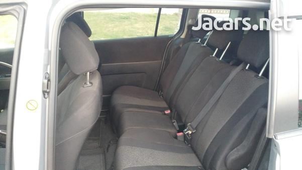 Mazda Premacy 2,0L 2011-5