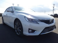 Toyota Mark X 4,0L 2014