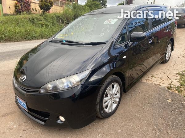 Toyota Wish 2,0L 2011-1