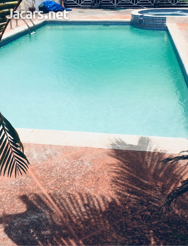 Swimming pool services and maintenance-3