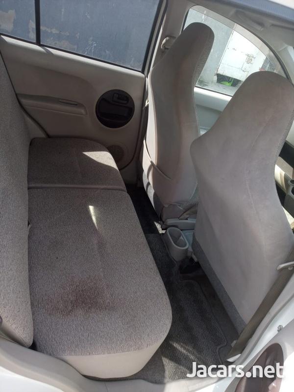 Daihatsu Boon 1,0L 2012-2
