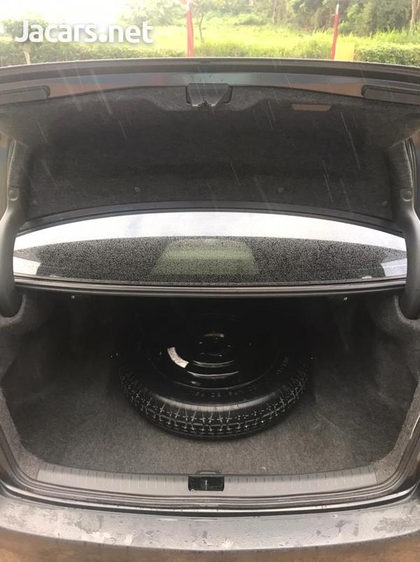 Honda Accord 1,8L 2011-6