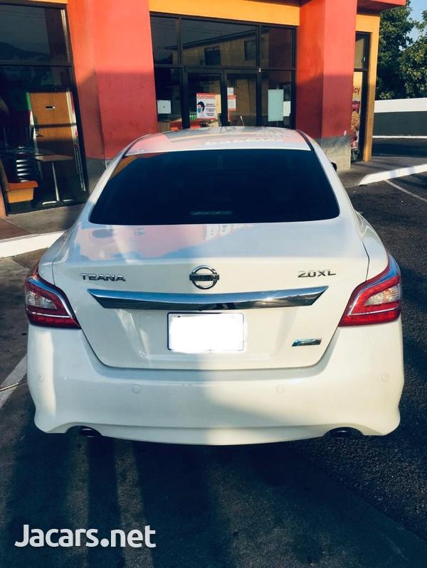 Nissan Teana 2,0L 2015-7