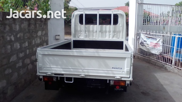 2010 Toyota Dyna Dropside Double Cab Truck-3
