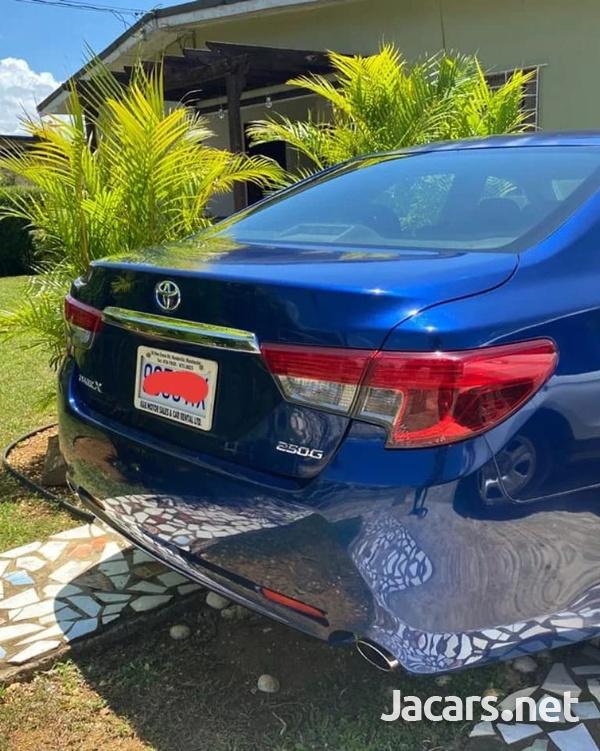 Toyota Mark X 2,5L 2015-7