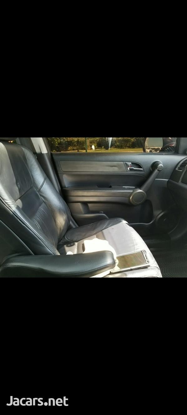 Honda CR-V 2,0 2012-7