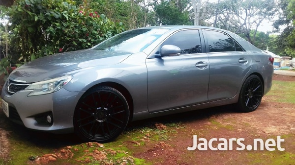 Toyota Mark X 2,5L 2013-3