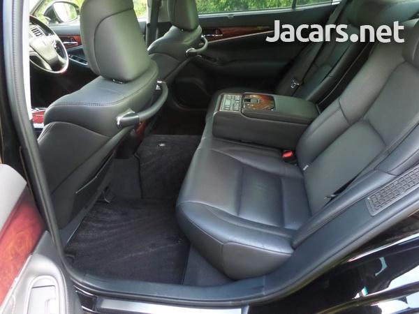 Toyota Crown 3,5L 2015-3