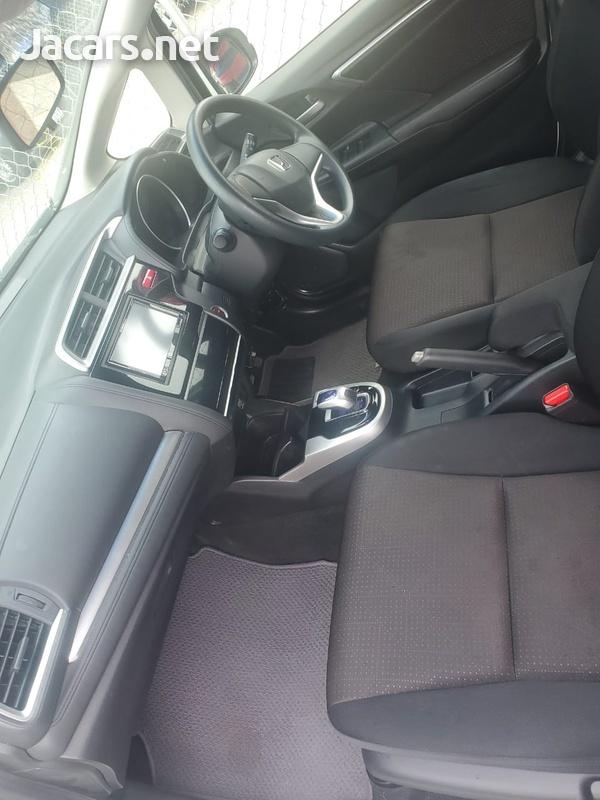 Honda Fit 1,6L 2015-6