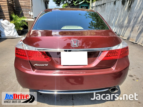 Honda Accord 1,9L 2013-5