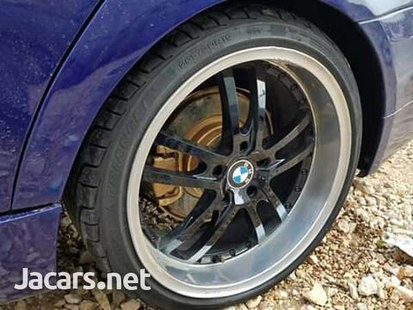 BMW 3-Series 2,5L 2006-2