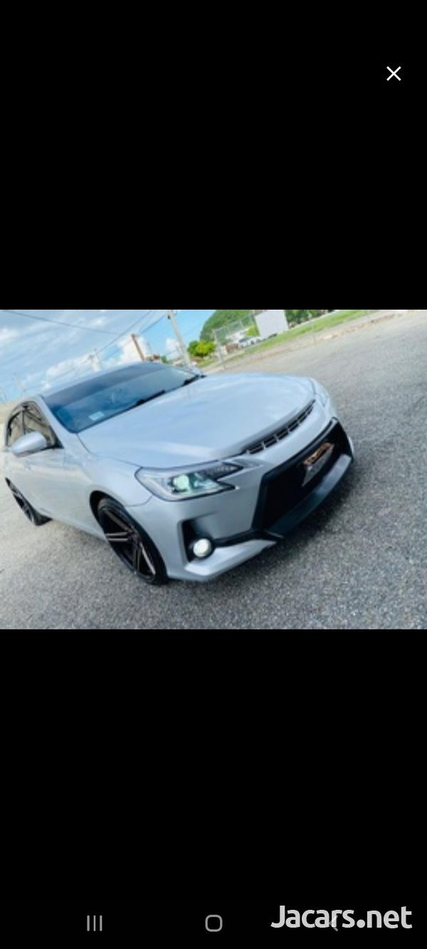 Toyota Mark X 2,5L 2010-4