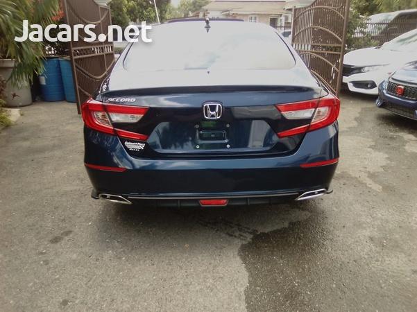 Honda Accord 1,5L 2018-10