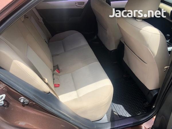 Toyota Corolla 1,8L 2014-8