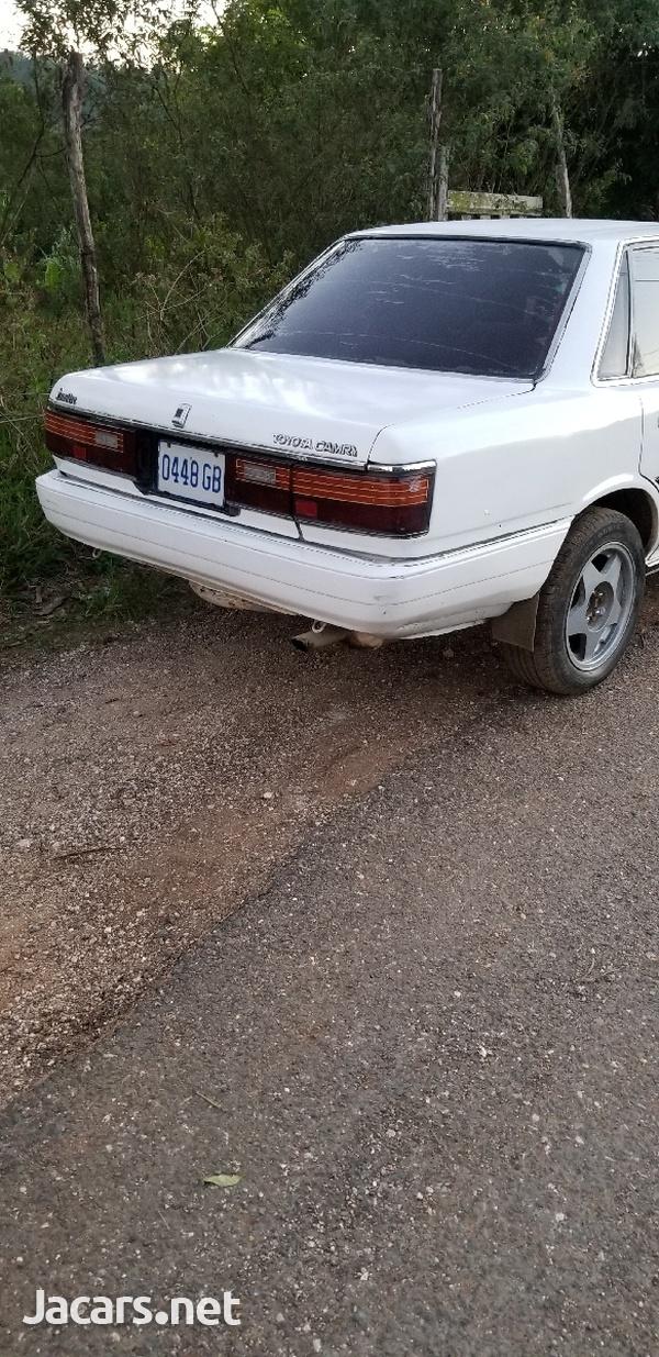 Toyota Camry 1,8L 1988-4