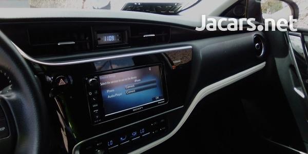 Toyota Scion 2,0L 2016-6
