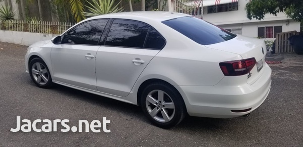 Volkswagen Jetta 1,4L 2016-5