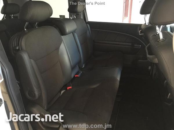 Honda Elysion 2,4L 2011-7