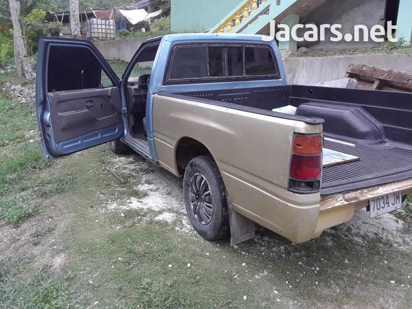 Isuzu Pick-up 2,6L 1991-4