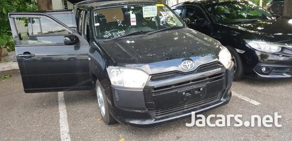 Toyota Succeed 1,5L 2016-15