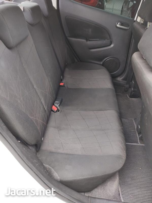 Mazda Demio 1,3L 2014-5