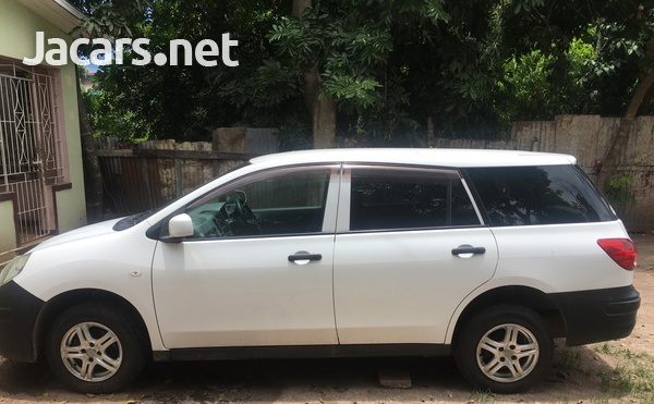 Nissan AD Wagon 1,4L 2013-3