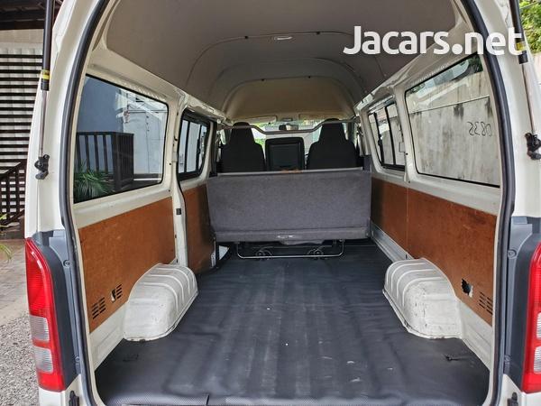 Toyota Hiace Bus 2,9L 2011-12